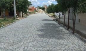Pavimetação com Pedras Irregulares